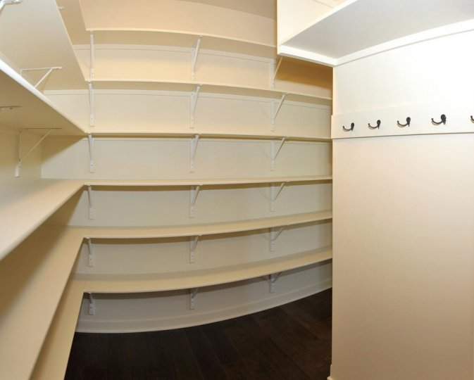kitchen-pantry-2